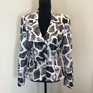 Sandro Black and white blazer with button closure